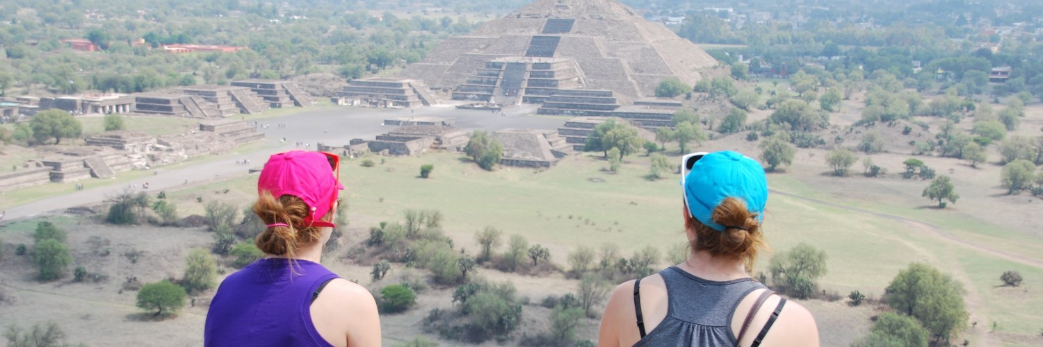 Ferrum College students contemplating the pyramids at Teotihuacan, Mexico.