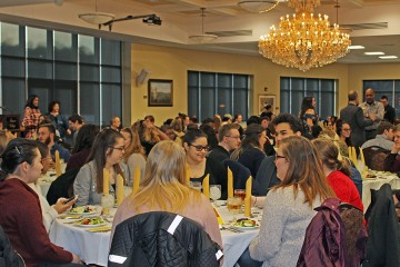 Nearly 300 Students Recognized During Annual Dean's List Dinner