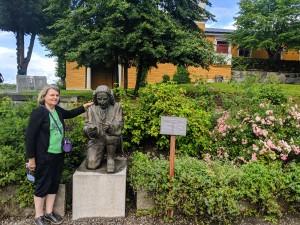 Dr. Tina Hanlon visited Sweden in summer 2019 to present her paper.